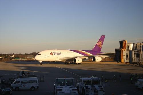 A380成田タキシング