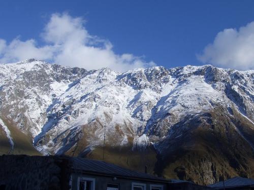 初雪のゲルゲティ村