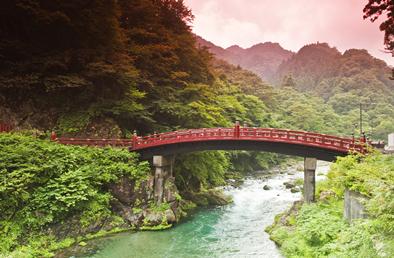世界遺産・日光東照宮&中禅寺湖で四季折々の自然を満喫!