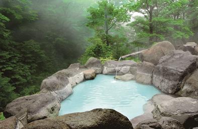 BGMは川のせせらぎ音!美しい渓谷を望む鬼怒川温泉へ行こう
